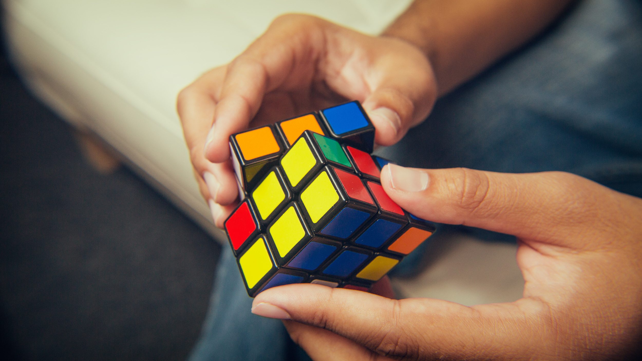 Rubik's Cube Magician with this signature Cube3